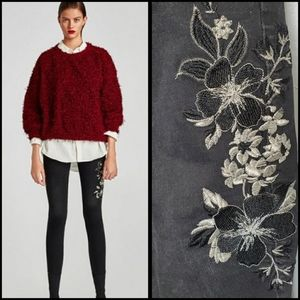 ZARA floral embroidered raw hem skinny jeans